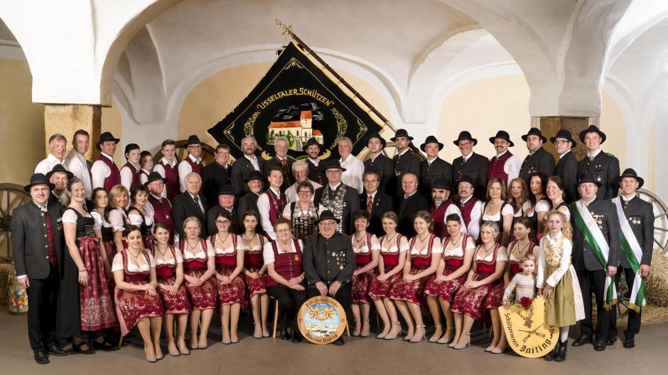 Schuetzengruppe_Kuhstall.jpg