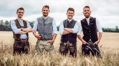 """""""DeSchoWieda"""" kommen mit neuer bayerischer Volksmusik das erste Mal in die Stadthalle Neusäß."""