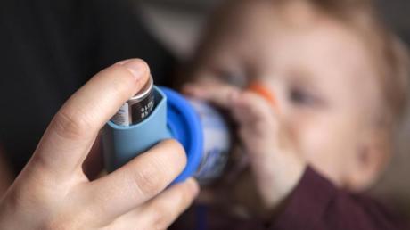 Kinder mit schweren Allergien brauchen besonders viel Aufmerksamkeit. Foto: Silvia Marks/dpa-tmn/dpa