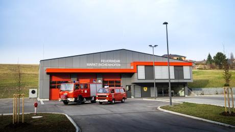 Neuzugang für die Freiwillige Feuerwehr Inchenhofen: Bald soll ein neuer Mannschaftstransportwagen im neuen Feuerwehrhaus stehen.
