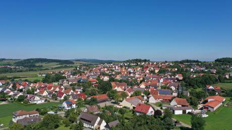 Luftaufnahme von Hainsfarth.