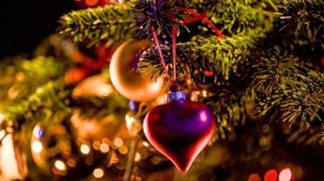 Zu den Klassikern an Weihnachten gehört nicht nur das Lied «Stille Nacht», auch Filme wie «Kevin - Allein zu Haus» oder «Der kleine Lord» werden jedes Jahr wieder gern gesehen.