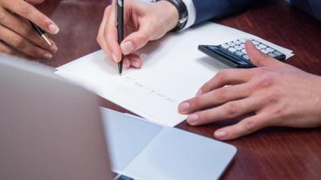 Auch nach einer Trennung sind Paare in der Regel für das Tilgen von Krediten gemeinsam verantwortlich.