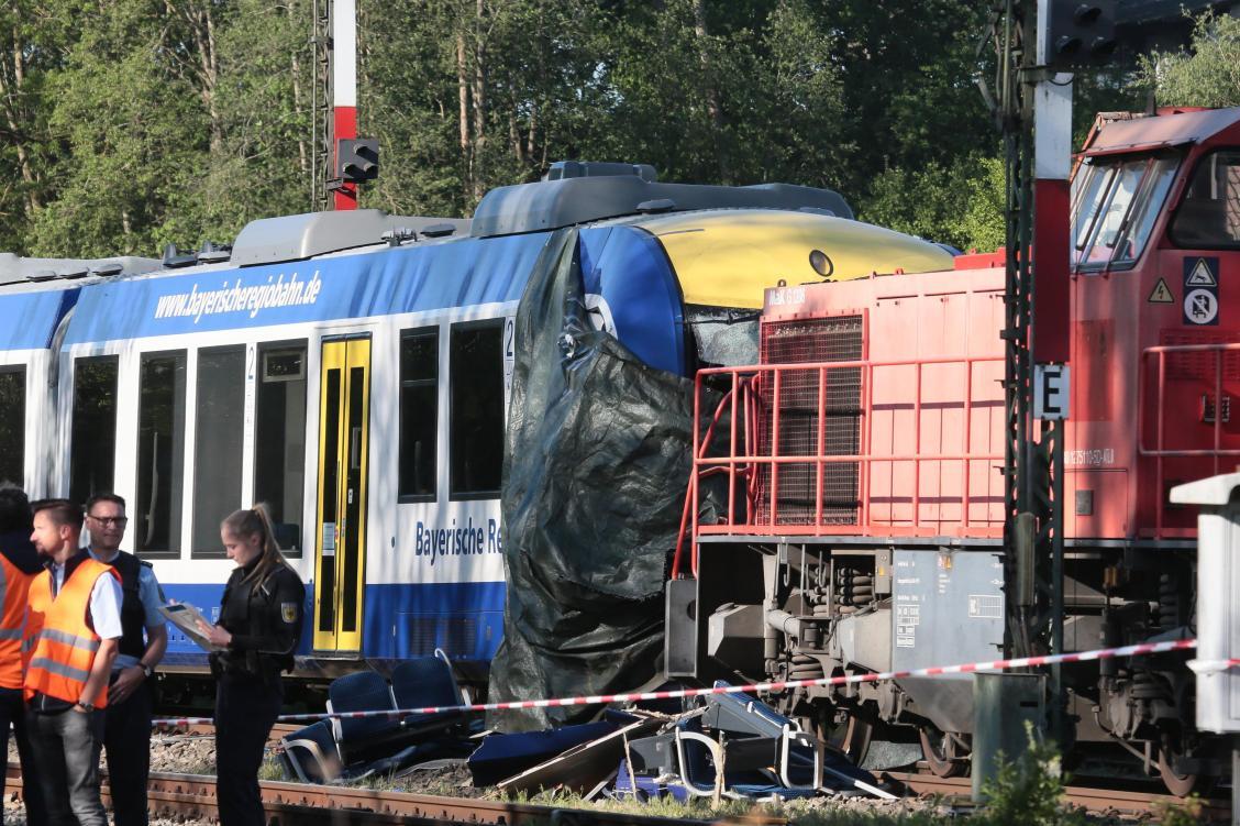 Unglück mit zwei Toten: Der Lokführer hat Schlimmeres verhindert