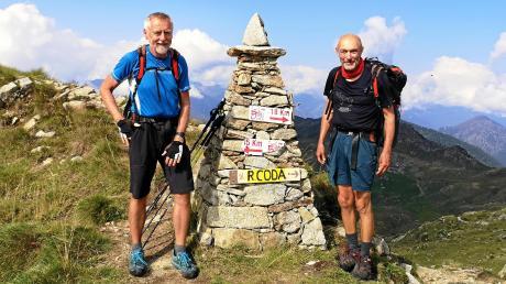 Den Colle della Lace (2120 m) erreichen die Wanderer am Tag 102 ihrer Tour.