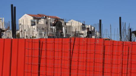 Die Siedlungspolitik ist ein Hauptstreitpunkt im Nahostkonflikt: Die Siedlung Nofei Adumim in Judäa im Westjordanland wurde 2016 auch mithilfe palästinensischer Bauarbeiter erbaut.