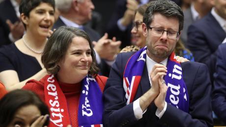Abschiedsschmerz im Europaparlament: Bei manchen Abgeordneten flossen am Mittwochabend die Tränen.