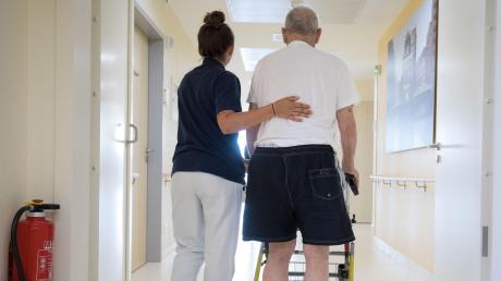Ein Möttinger will mit seiner Sammelaktion Pflegern Anerkennung zeigen.