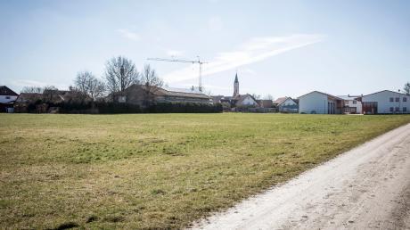 An der Hochstraße in Weil sollen ein neuer Kindergarten sowie ein neues Feuerwehrhaus errichtet werden.