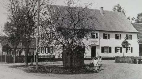 So sah die Gastwirtschaft aus, nachdem sie nach einem Brand Mitte der 1920er Jahre wieder aufgebaut worden war.