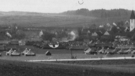 Eine Zeltstadt auf den Wörnitzwiesen: Von Ende April bis Mitte Juni 1945 betrieb die US-Armee bei Ebermergen ein großes Feldlazarett. Das Foto stammt aus dem Nachlass von Othelia Rosten, die damals als Krankenschwester in der Einheit tätig war. Die Aufnahme entstand im Juni 1945.
