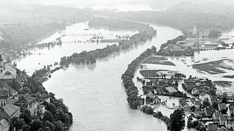 Die Donau zeigte sich damals als reißender Strom.