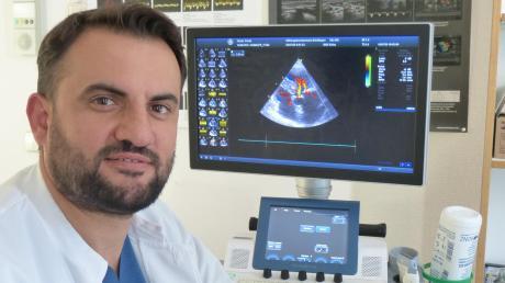 Dr. Asllan Tahiraj erreichte in der Nördlinger Kardiologie das Ziel, das er sich als kleiner Junge gesetzt hatte: Möglichst vielen kranken Menschen zu helfen.