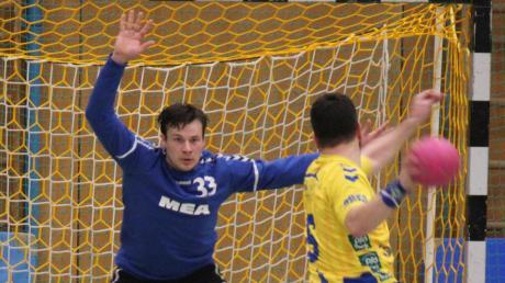 Torhüter Stefan Walther übernimmt vorübergehend das Traineramt bei Aichachs Handballern.