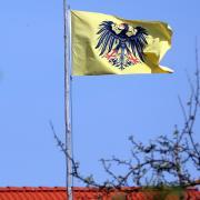 Der Militärische Abschirmdienst schweigt zu seinen Ermittlungen gegen die mutmaßlichen Reichsbürger um einen 63-Jährigen aus Krumbach.