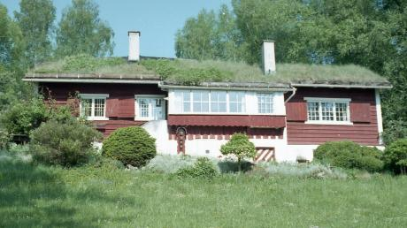 Das Norwegerhaus an der Kaagangerstraße in Eching wurde nach Sanierungsarbeiten von der Denkmalliste gestrichen. Die Gemeinde ist nun mit ihrem Versuch, das Gebäude zu erhalten, gescheitert.