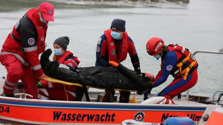 Die Ortsgruppe Neu-Ulm der Wasserwacht hatte in diesem Jahr einige Einsätze zu bewältigen. Ab Sommer waren auch wieder Übungen möglich.