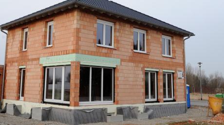 Mit der Novelle zur Bayerischen Bauordnung sind ab Februar geringere Abstände zum nächsten Haus möglich.