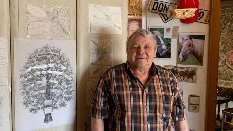 Günter Besel hat in seinem Haus in Amerdingen zahllose Ausstellungsstücke gesammelt und fast zu jedem davon weiß er eine Geschichte.