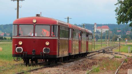 Nur bei Sonderfahrten sind noch Personenzüge auf der Strecke zwischen Landsberg und Schongau unterwegs. Der Betrieb wurde 1984 eingestellt. Seither verkehren nur noch Güterzüge auf der Trasse. Das soll sich wieder ändern.