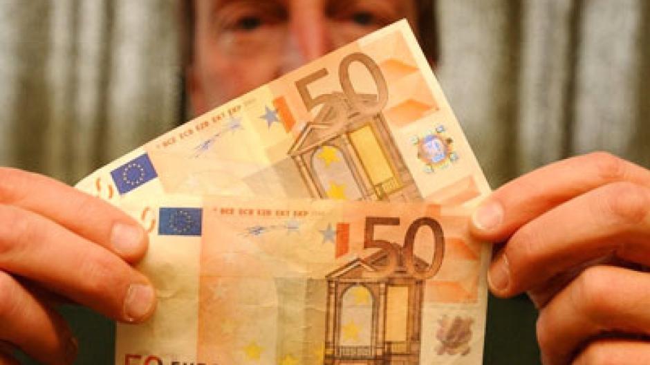 Munchen 100 000 Euro Falschgeld Sichergestellt Drei Verdachtige