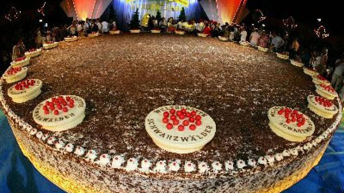 Welt der guinness buch größte torte Die berühmte