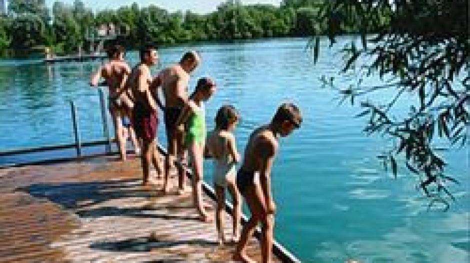 Fkk schwimmbad