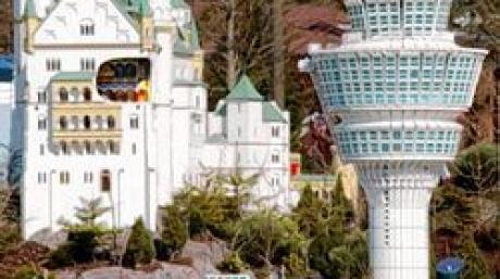 Legoland / Tower / Flughafen / neuschwanstein