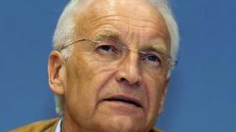 """CSU-Chef Stoiber fordert die Offenlegung der angeblichen """"Sparliste""""."""