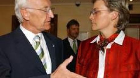 Ministerpräsident und CSU-Parteichef Edmund Stoiber mit Monika Hohlmeier (Archiv).