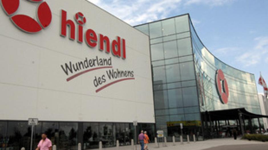 Familie Hiendl Verkauft Mobelhaus Nachrichten Bayern Augsburger