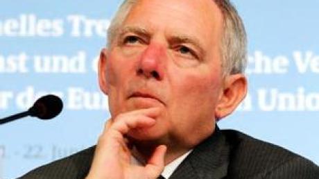 Bundesinnenminister Wolfgang Schäuble (CDU) stößt mit seinem jüngsten Anti-Terror-Vorstoß weiter auf massiven Widerspruch.