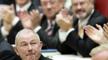 Günther Beckstein am Dienstag vor seiner Wahl zum bayerischen Ministerpräsidenten.