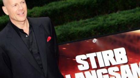 Der US-Schauspieler Bruce Willis bei der Premiere des Films «Stirb langsam 4.0» in Berlin