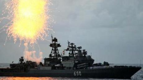 Russland zeigt Flagge: Großmanöver im Mittelmeer