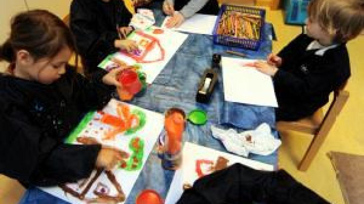 Klettergerüst Englisch : In der kita spielerisch englisch und gemeinsinn lernen leben