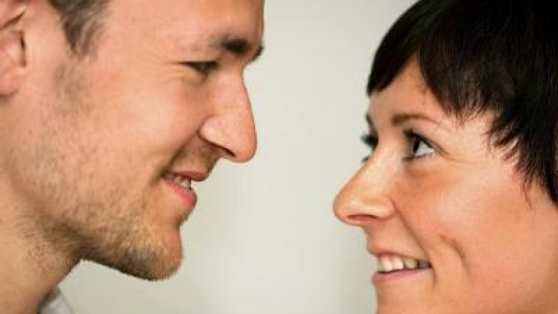 Fremdverliebt: Partner Gefühle nicht sofort beichten