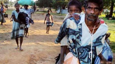 Flüchtlingsstrom in Sri Lanka hält an