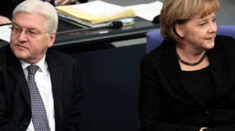 Merkel und Steinmeier zu Spitzenkandidaten gekürt