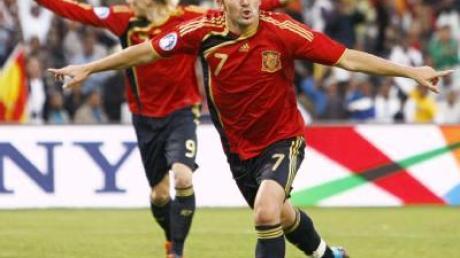 Spanier schleichen mit Pflichtsieg ins Halbfinale