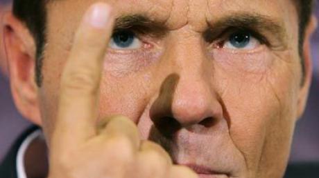 Dieter Bohlen will sich bei DSDS nicht den Mund verbieten lassen. Der Chef-Juror droht sogar mit Ausstieg.