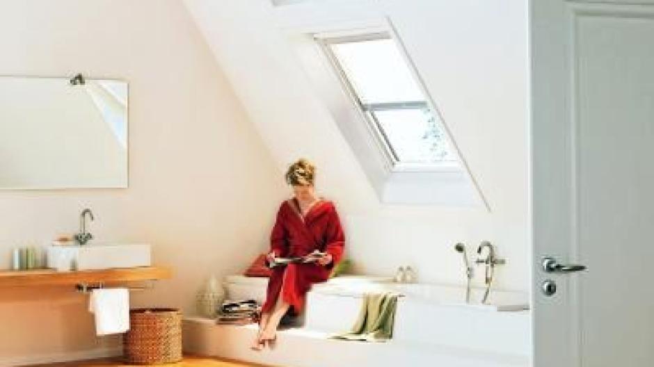 Jeder Zentimeter zählt: Tipps fürs Bad unterm Dach - Bauen & Wohnen ...