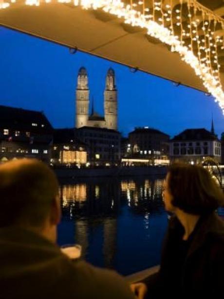 Weihnachtsmarkt Zürich.Ganz Zürich Ist Ein Weihnachtsmarkt Reise Urlaub Themenwelten