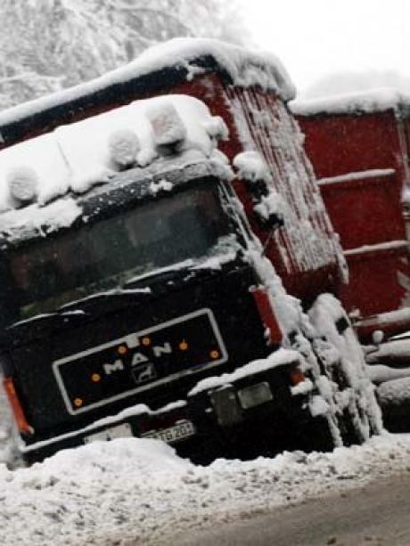 Blitzeis und Staugefahr: Warnung vor Wetter-Chaos an Weihnachten ...