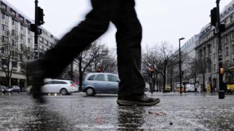 Viele Unfälle auf eisglatten Straßen