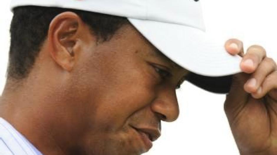 Nach Sex Skandal Tiger Woods Gibt Ihm Seine Frau Eine Zweite
