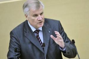 Seehofer: Linke ohne Lafontaine reine Ostpartei