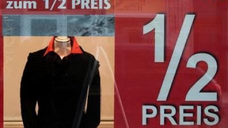 Winterschlussverkauf: Auf unlautere Angebote achten
