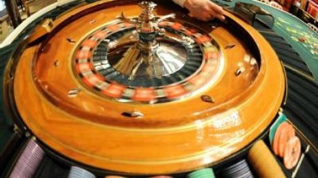 Glücksspielsucht vorbeugen - Neue Broschüre erhältlich