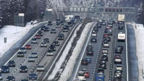 Wintersportler sorgen für volle Straßen